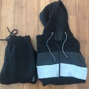Other - 🆕 NWT Men's Black & Grey Hoodie & Joggers